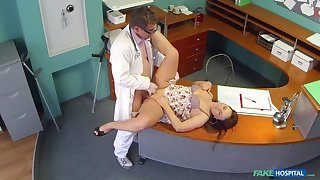 Doctors meat injection eases curvy patients back pound