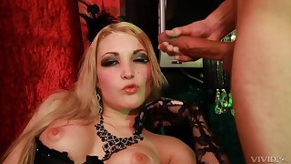 Tamara Grace leaves the lover to cum on her face after a wild fuck
