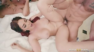 Brazzers House 2: Show one's age 3