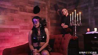 Masked babe Mary Jean fucked hard in an upscale sex lock-up