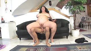 BBW sucks everlasting and fucks feel attracted to a pro