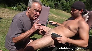 Outdoor gay blowjob and a rimjob can burn the fire in every gay guy