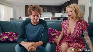 Big tits milf Joslyn James is home alone so she decides to fuck badly