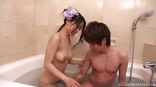 Ichinose Azusa seduces a friend in the bathroom before a blowjob
