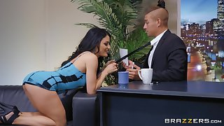 There is nothing better for Kissa Sins than a sex on the table and a facial
