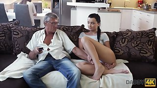 Whorish coed Erica seduces granddad be useful to her fagged girlfriend