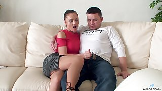 Dominica Phoenix opens her convenience hands with respect to ride a shake hard penis