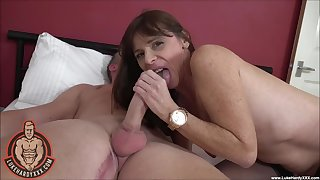 Freckled mature explicit plays with the big dick in morning webcam XXX